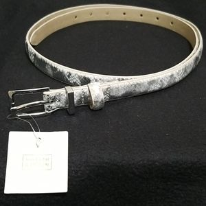 White and Gray Snakeskin Print Belt XL